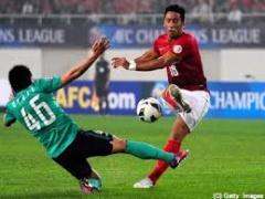 広州恒大が浦和レッズの汚いラフプレーや審判に邪魔されず勝利し、中国サッカーの威厳を高めた