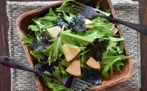 水菜とリンゴで作るチョレギサラダ