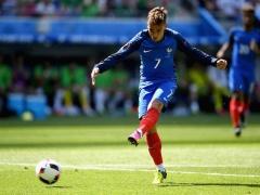 <EURO2016>【 フランス×アイルランド 】試合終了!開始早々にPKで先制されたフランスが後半にグリーズマンの2ゴールで逆転!2-1でフランスが勝利!