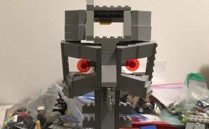 """レゴで作った""""ターミネーター"""""""