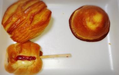 『スーパーライフの中にあるパン屋さん[小麦の郷]が美味しすぎる!』の画像