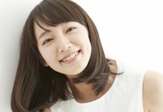 【悲報】吉岡里帆の「デートなう。に使っていいよ」画像に批判が集まった理由