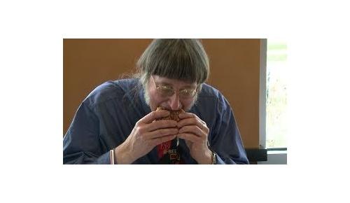 46年間ビッグマック3万個を食べた米ギネス男性にアメリカ人が興味津々