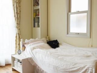 【娘の部屋】思わぬ効果が…!?ベッドサイドに手作りラグマットを敷く♪