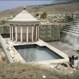 踏み入れば即死!!古代ローマ、「地獄の門」の謎を解く