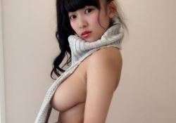 Iカップ天木じゅんちゃんのおっぱいがほぼ見えてるセーター姿がエロすぎると話題!