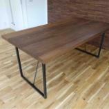 『スチール脚仕様のブラックウォールナットダイニングテーブル・リスタ』の画像