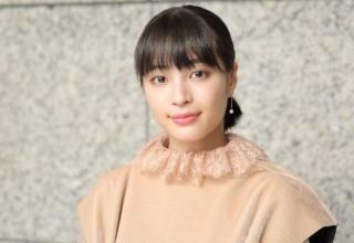 【女優】広瀬すず、高校卒業後初の制服姿に「可愛い」の声止まらず