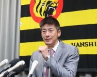 【阪神】能見、1500万円ダウンでサイン 初の救援専任 51試合登板も「不完全燃焼だった」