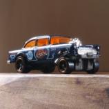 『ホットウィール '55シェビー・ベル・エア・ギャッサー HW50周年記念』の画像