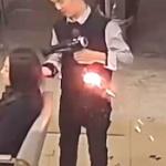 【動画】中国、美容室で髪を乾かしているとドライヤーが当然、火噴いてアッチッチ~!
