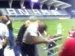 【動画】元FC東京のワンチョペが自分より小さい警備員と乱闘!ボコボコにwww