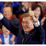【悲報】文大統領、日韓合意めぐる日本の反応に苦慮・・・