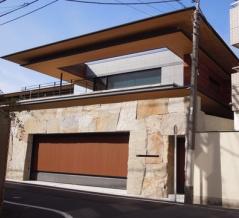 松濤に最新の大豪邸がありました