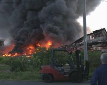 【羽島市火災】セントパーツの自動車解体工場で火事 現場がとんでもないことに(動画・画像あり)
