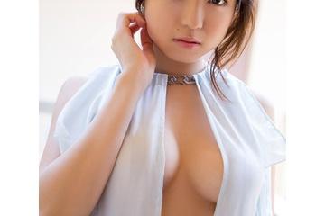中村静香のいろいろスケベできれいな乳首