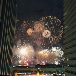 娘 2度目の神戸花火大会を見る