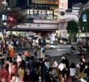 渋谷、ハロウィンで暴徒化 奇声あげトラック倒し破壊 痴漢や盗撮多発、ゴミ散乱 (動画/画像あり)★5