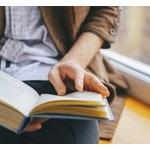 お前ら本は一気に読む派?それとも複数を回して読む派?