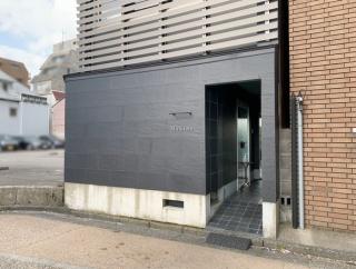 片町にある『フランス料理makino(マキノ)』が閉店。新たに山の上町に新店オープン予定らしい。