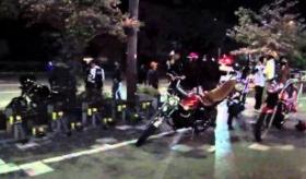 【日本のギャング】     日本には 暴走族 というギャング文化があるらしい。   海外の反応