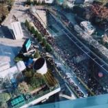 『【乃木坂46】更に伸びてる・・・現在の物販待機列の模様をご覧ください・・・』の画像