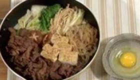 【料理】  日本の すき焼きの作り方  に対しての海外の反応
