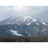 『ようやく雫石スキー場も姿を見せてくれました。』の画像
