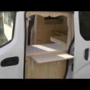 uncle Kが普通車のウッディ仕様の移動販売車を製作致しました。