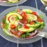 火を使わない簡単サラダ「マグロとアボカドのごちそうサラダ」さりお連載