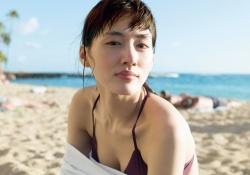 巨乳女優・綾瀬はるかちゃんの最新水着姿がエッチすぎると話題!