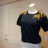 『KEITA MARUYAMA(ケイタマルヤマ)ミモザ刺繍半袖ニット』の画像