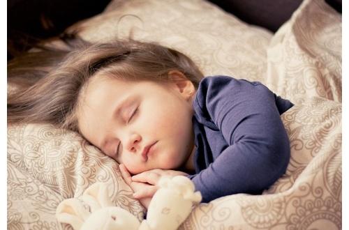 寝たい時に寝れるコツ教えてクレメンスwwwwwwwwwwのサムネイル画像