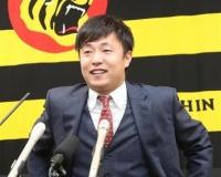 矢野監督、延長12回に2点リードを追いつかれてしまった島本に対しLINEで「お前のせいじゃないからな」