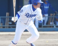 【朗報】NPB最年長選手福留孝介さん、2打数2安打2打点でなんか行けそう