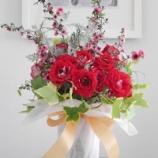 『バラに緊急事態発生! & バラのフラワーアレンジメント』の画像