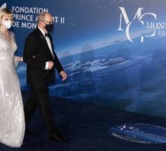 NewMyRoyals モンテカルロ2020ガラに出席のモナコ大公と公妃