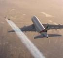 ロス上空1,800mをジェットパック(飛行リュックサック)で飛ぶ人が目撃される。パイロットと管制局の緊迫の会話を公開