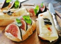 チーズを投入したら美味しそうな料理と言えば