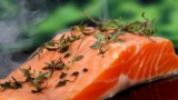 三大やってたら縁切る行為「海老のしっぽ食べる」「鮭の革食べる」あとひとつは?