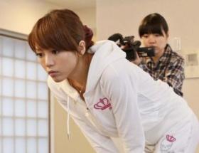 釈由美子、「小さな妖精おじさん」探しはじめる