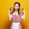 『飯田里穂さんがマクドナルドとコラボ』の画像
