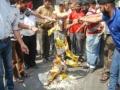 【画像】インドの袋ラーメンの作り方ワロタ