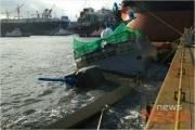 【韓国海軍】岸壁に繋留中だった最新鋭高速ミサイル艇、強風でドアから海水が入ったため沈没(写真あり)