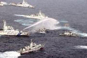 台湾船が尖閣諸島へ 巨大な海保巡視船が台湾船をフルボッコにしてる