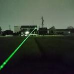 【動画】高速道路で対向車にレーザーポインターを飛ばしまくるガチでヤバいトラック出現…!!!!!!