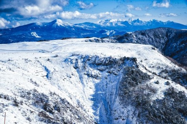 配信 滑落 ライブ なぜこの時期にニコ生配信者、富士山で滑落か 「あっ、滑る」最後に動画はストップ: