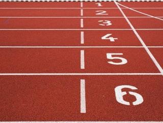 アメフト選手が陸上選手に混ざって本気で100m走ってみた結果
