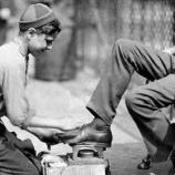 『【靴磨きの少年】老後不安で株式投資を始めた結果、リーマンショック級の大暴落が相次いでしまう。』の画像