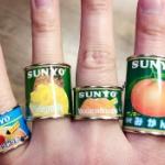 ガチャ「缶詰リングコレクション」今度はフルーツ缶詰の定番「サンヨー堂編」が登場!